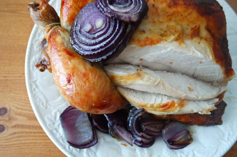 Chicken with purple onions