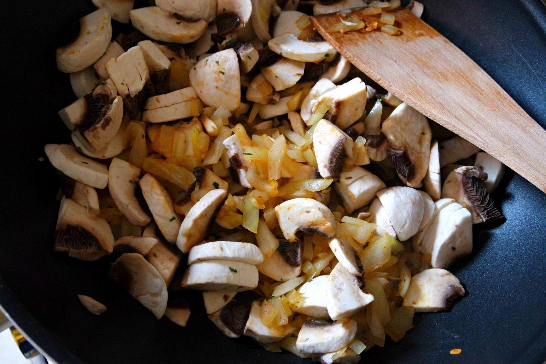Chopped mushroom