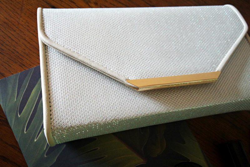 Quiz White handbag with gold trim