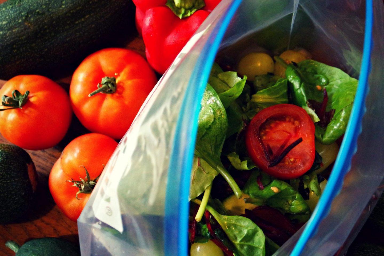 Salad in zipper bag